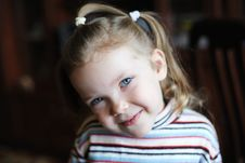 Free Little Girl Royalty Free Stock Photo - 17526325