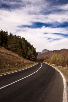 Free Paved Road Royalty Free Stock Images - 17526409