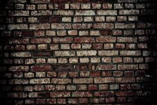 Free Destroyed Wall Royalty Free Stock Photo - 17527745