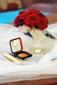 Free Cosmetics  And Wedding Rings Stock Image - 17533421