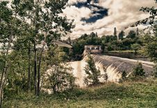 Free Montmorency Falls, Quebec Royalty Free Stock Photography - 17550327