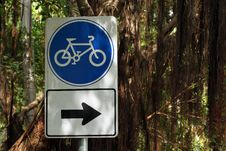 Free Bicycle Sign Stock Photos - 17551993