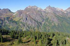 Free Mountain Panorama In The Fall Stock Photo - 17553050