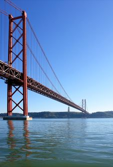 Free Famous Old Bridge Over River Tejo Royalty Free Stock Images - 17555759