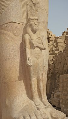 Free Statue In Temple Of Ramses 3rd At Karnak Stock Photos - 17556163