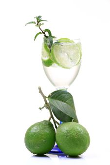 Free Fresh Lime Water Stock Photography - 17562952