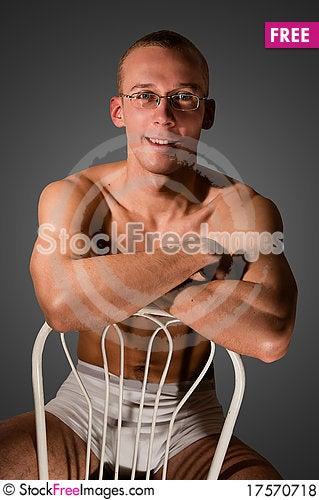 Free Muscular Man Royalty Free Stock Photos - 17570718