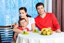 Free Family Dinner Stock Photos - 17570183