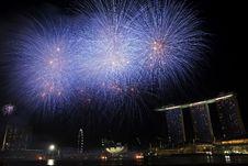 Free Fireworks - Singapore National Day 2010 Stock Photo - 17577940