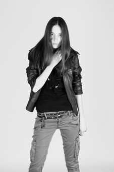 Free Fashion Young Woman Royalty Free Stock Photography - 17580377