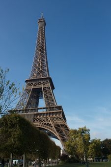 Free Eiffel Tower Royalty Free Stock Photo - 17581955