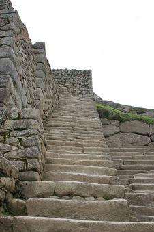 Free Machu Picchu Royalty Free Stock Photo - 17586765