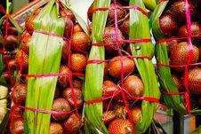 Free Snake Fruit Royalty Free Stock Images - 17589479