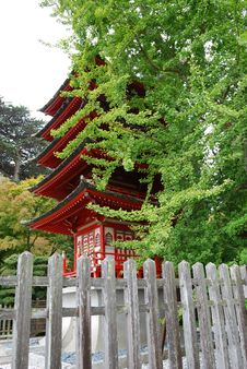 Free Red Japanese Building Royalty Free Stock Images - 17593229