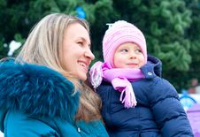 Free Mom And Girl Near A Christmas Tree Royalty Free Stock Image - 17593476