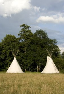 Free Tipi Royalty Free Stock Images - 17603199