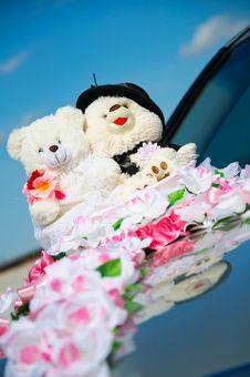 Free Small Teddy Plush On Wedding Royalty Free Stock Image - 17604066