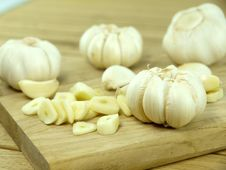 Free Garlic Pods Stock Images - 17608874