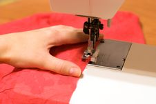 Free Sewing Machine Stock Photography - 17609022