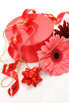 Free Gift And Flower Stock Photo - 17610890