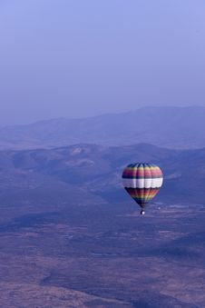 Free Single Hot Air Balloon Flying In Mountains Stock Images - 17614304