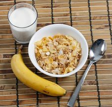 Free Cereal In Bowl With Milk And Banana Stock Image - 17615641