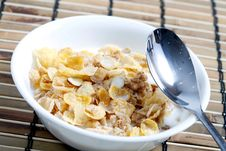 Free Cereal In Bowl Stock Images - 17615754