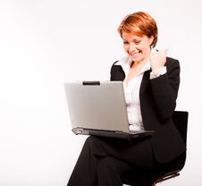Free Business Woman With Laptop Royalty Free Stock Photos - 17617438
