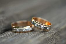 Free Two Golden Wedding Rings Stock Photos - 17617943
