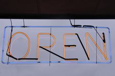 Free Neon Open Sign Stock Photography - 17619262