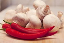 Free Red Hot Chili Pepper And Mushrooms Royalty Free Stock Photography - 17619657