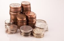 Free Piles Of English Coins Royalty Free Stock Images - 17621719