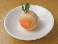 Free Peach-shaped Sweetie Stock Photos - 17622773