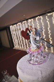 Free Wedding Cake Figurine Stock Image - 17623911