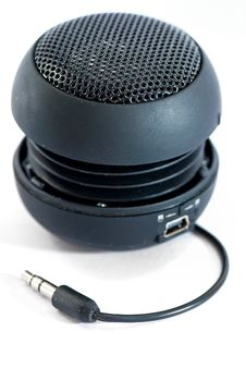 Free Mini Speaker Royalty Free Stock Images - 17624929