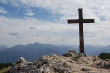 Free Cross In The Mouintains (Alps) - Austria Royalty Free Stock Images - 17630559