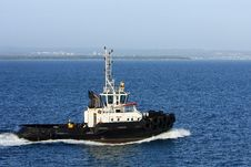 Free Sea Tugboat Under Power In Harbour. Stock Photos - 17632443