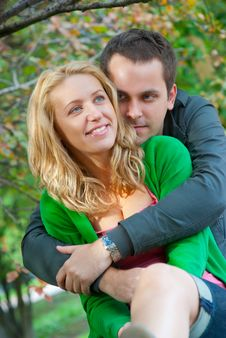 Free Beautiful Young Couple Relaxing Royalty Free Stock Photos - 17634058
