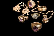 Free The Golden Jewellerys Stock Images - 17635184