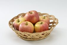 Free Red Apples In A Basket. Royalty Free Stock Photos - 17636538