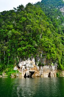 Free Nature At KhaoSok , Thailand Royalty Free Stock Photos - 17637258