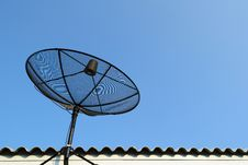 Free Satellite Dish Royalty Free Stock Image - 17640576