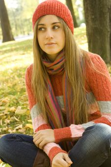Free Girl In The Park In Autumn Stock Photography - 17641132
