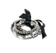 Free Bracelet Royalty Free Stock Photos - 17641398