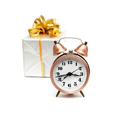 Free A Retro Clock With Presents Royalty Free Stock Image - 17643936