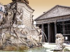 Free Pantheon With Fountain In Rome Stock Photos - 17649863