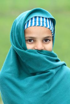 Free Shy Muslim Girl Royalty Free Stock Photos - 17653898