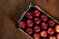 Free Box Of Fresh Apples Stock Photography - 17653992