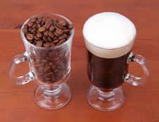 Free Caffe Latte And Coffee Beans Stock Photography - 17655662