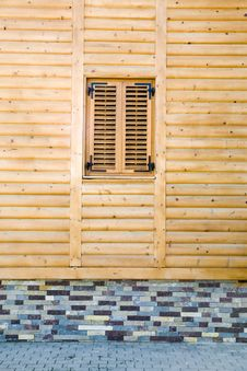 Free Wooden Facade Royalty Free Stock Photography - 17655927